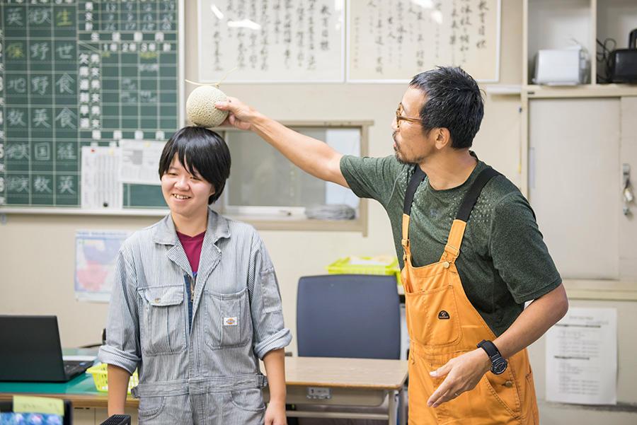 http://kurashigoto.hokkaido.jp/image/soubetsu_hs_sensei_8.jpg