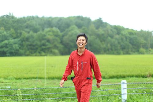 若手農家が苫前の大地にまく、雇用創出の種。