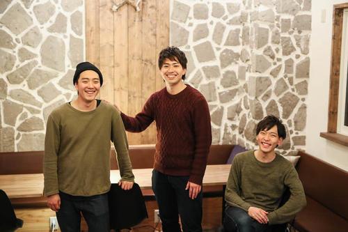 「友情」で世界を変えようとする若き3人組