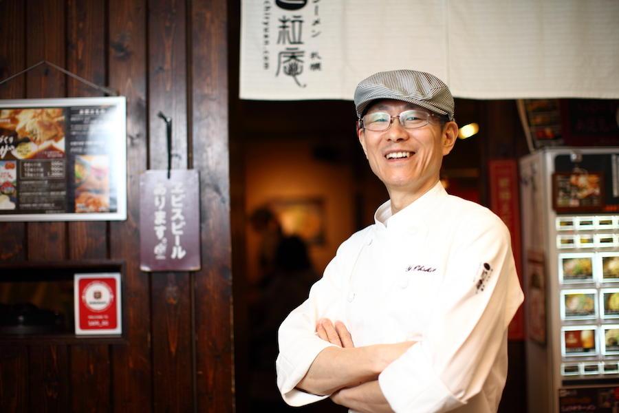 北海道で行列店を作ったのは東京からの移住者 ラーメン札幌 一粒庵