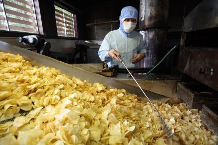 100%国産原料の油でポテトチップスを!深川油脂工業株式会社