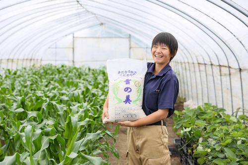 125年の歴史ある家族経営のお米農家に、新たな風が舞い込む