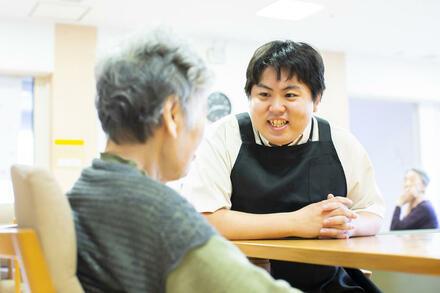 東京から喜茂別に移住した「旅好き介護士」