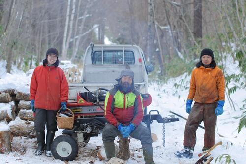 孤独な木こりたちが道をつける。林業の未来を照らす森林作業道
