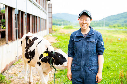 酪農のまちを支える、「人工授精師」の話。