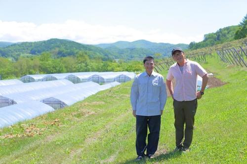 3代にわたる農園にやってきた新たな仲間はベトナム人